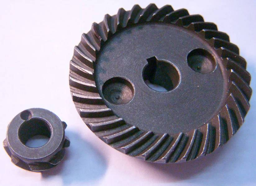 Зубчатая пара редуктора болгарки Black&Decker KG725, KG-65