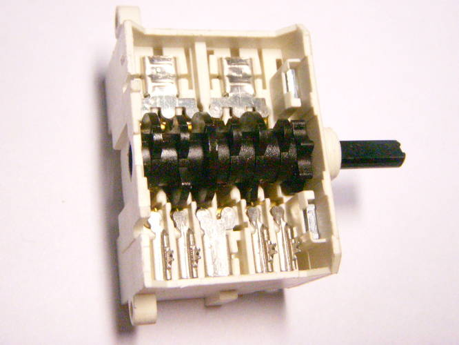 Семипозиционный переключатель EGO 12 41.41723.034 16333 для электроплиты