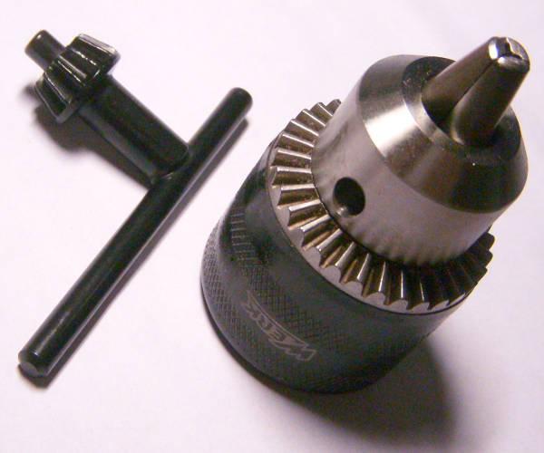 Патрон с ручным воротком для сверел 1.5-13 мм на полдюйма