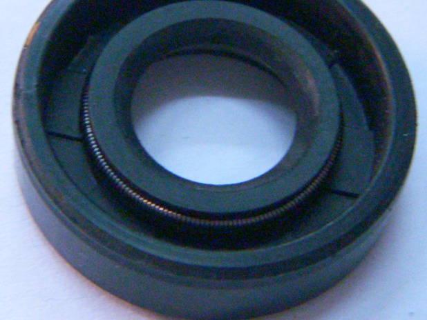 Резиновый сальник SC-13*26*7 для насоса