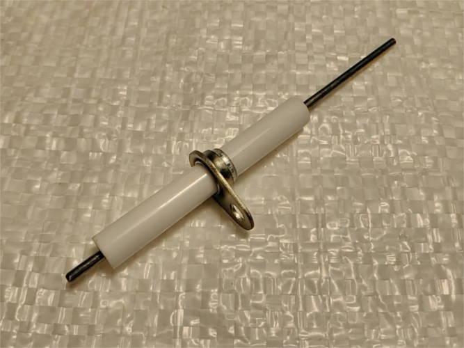 Универсальная свеча для поджига газового котла