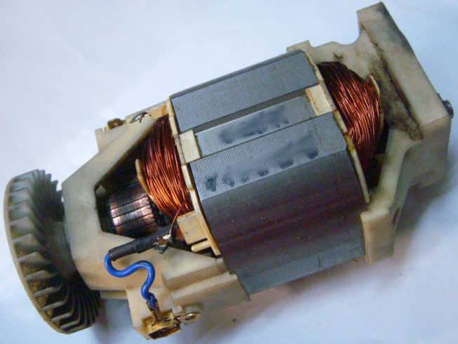 Ремонт двигателя электрокосы Бригадир 1200