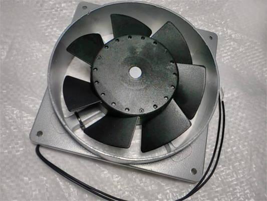 Вентилятор 130*130*40 для внешнего монтажа