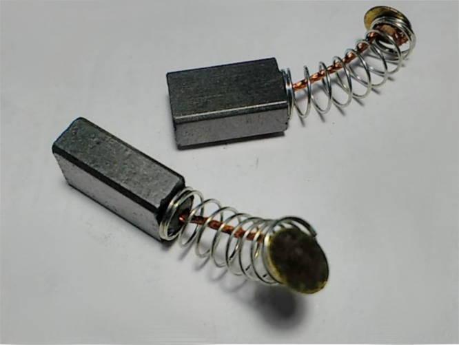 Щетки 5*8-13 с пятаком 5 мм для шуруповерта