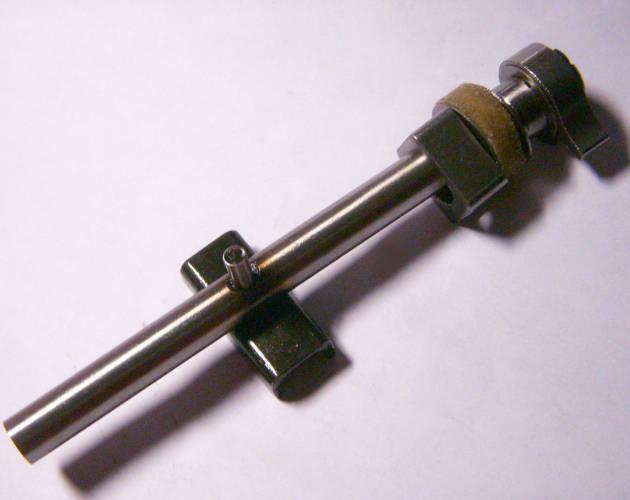 Шток электролобзика L121*d9 с самозажимным механизмом