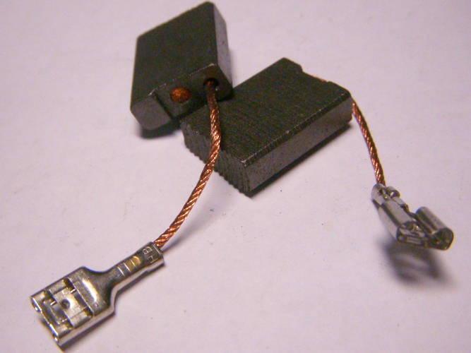 Неоригинальные щетки 16х6 для болгарки Bosch GWS 26-230