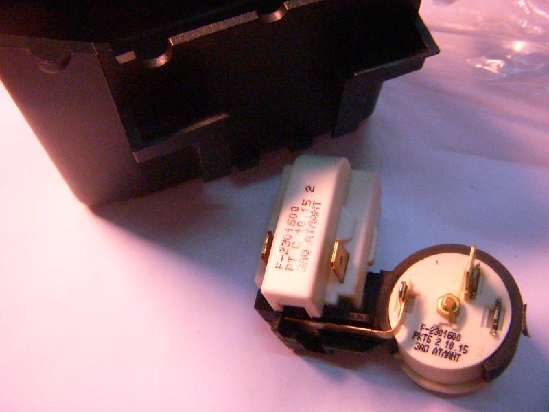 Оригинальное пусковое реле РКТ6 для холодильника Атлант