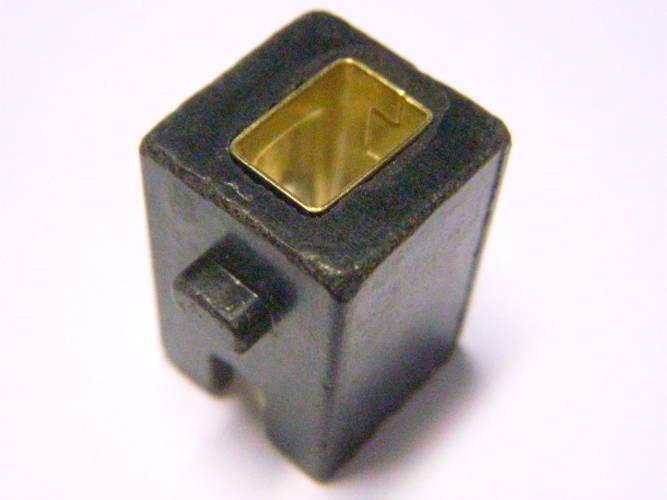Щеткодержатель 13*13*19 мм под щетку 5*8 мм для дисковой электропилы