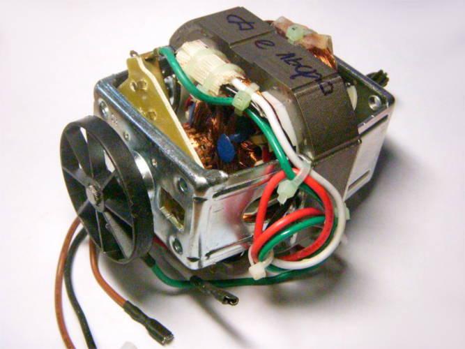 Электродвигатель HC8820 для кухонного комбайна Delfa