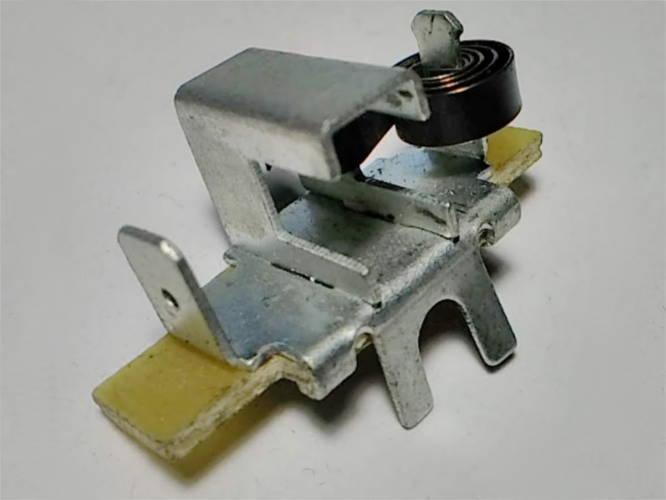 Щеткодержатель 36*16 под щетку электропилы до 7 мм