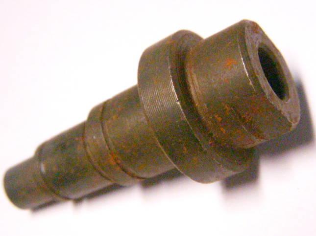 Шпиндель дисковой электропилы длиной 55 мм под шайбу 15*18 мм