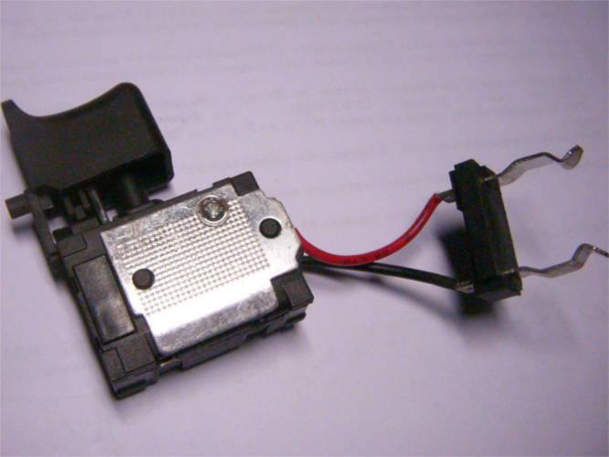 Кнопка шуруповерта с коротким 30 мм реверсом