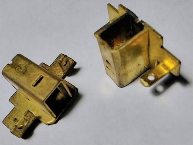 Латунные щеткодержатели 15 мм к щеткам 8*5