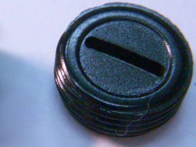 Пробка щетки двигателя под паз 13 мм