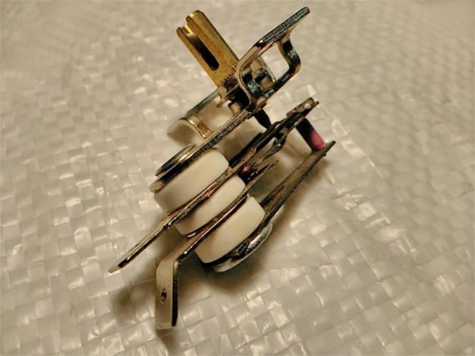 Биметаллический термостат KST-168 на 16А