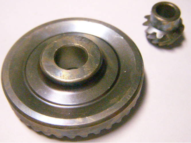 Шестерни редуктора 51*11-15*8 для болгарки Bosch, Фиолент 125/150