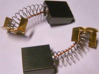Щетки коллектора цепной электропилы