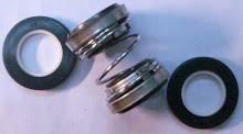 Торцевой сальник с двумя кольцами