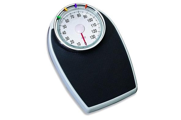 personenweegschaal zwart 136kg mech.