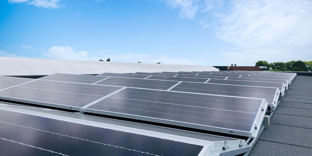 Dovy Keukens kiest voor groene energie: zonnepanelen