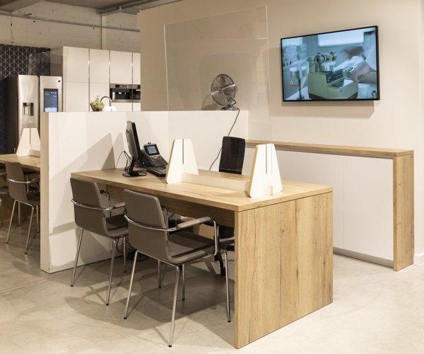 Design frontlam-dovy-toonzaal-keuken-te-koop-0002-pop-up Schoten_BOX 31_02.jpg