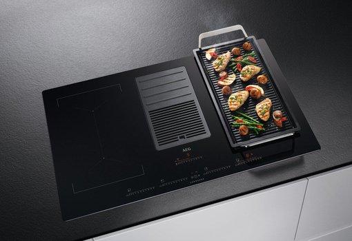 AEG dampkap geïntegreerd in de kookplaat