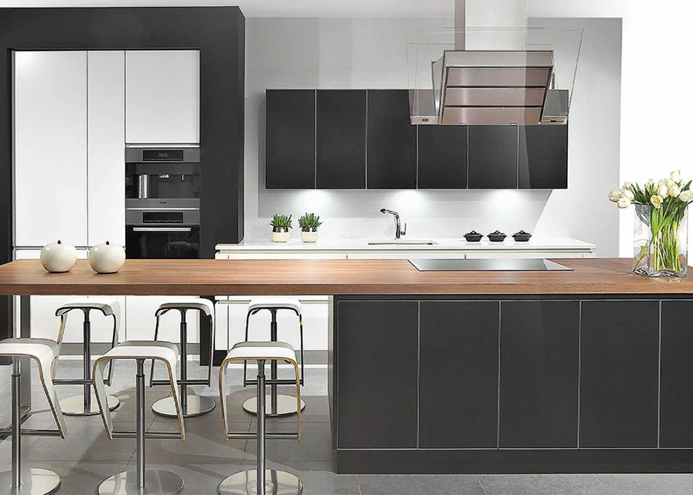 Moderne keuken zwart gelakt glas - Model Sirius