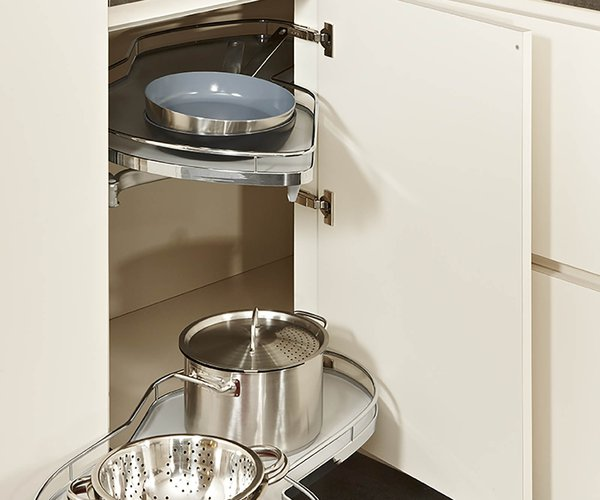 Moderne keuken crema - Model Design - Uittrekbaar hoeksysteem