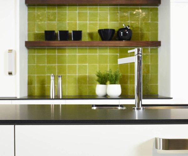 Moderne witte keuken in frontlaminaat - Model Toronto - Ultradun werkblad