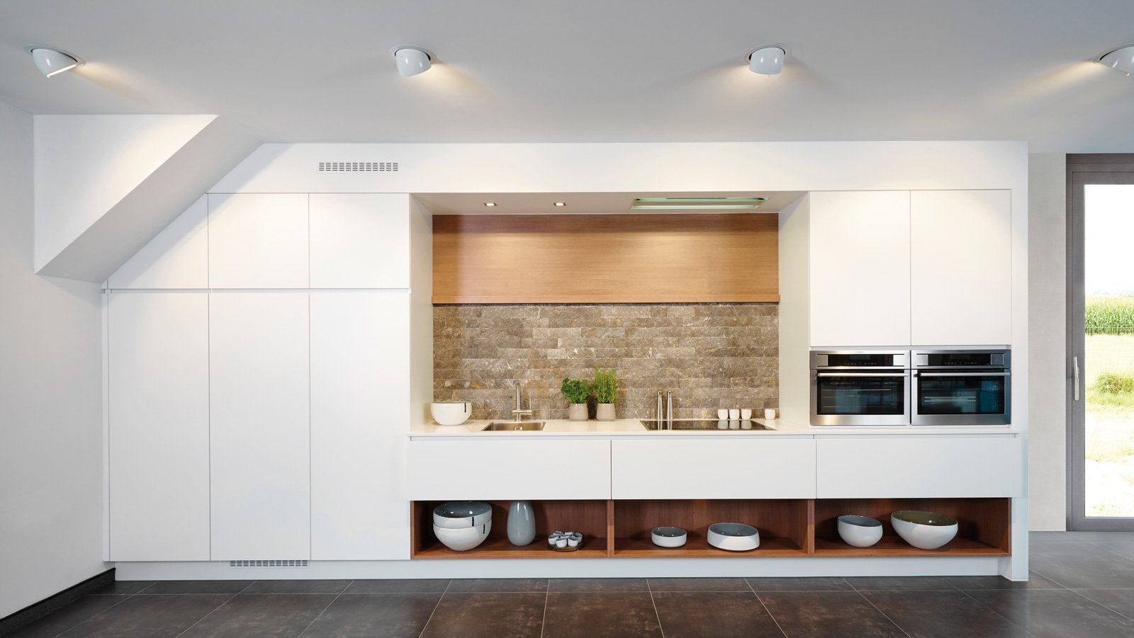 Cuisine moderne blanche sur une seule ligne - Modèle Design