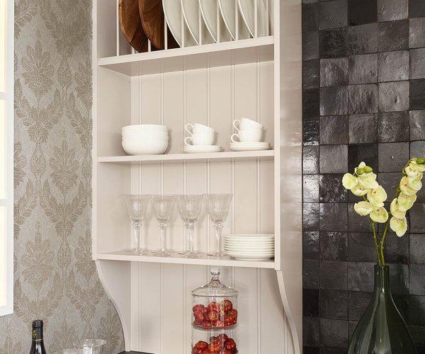 Landelijke keuken - Model Les Flandres - Eetservies mooi gerangschikt