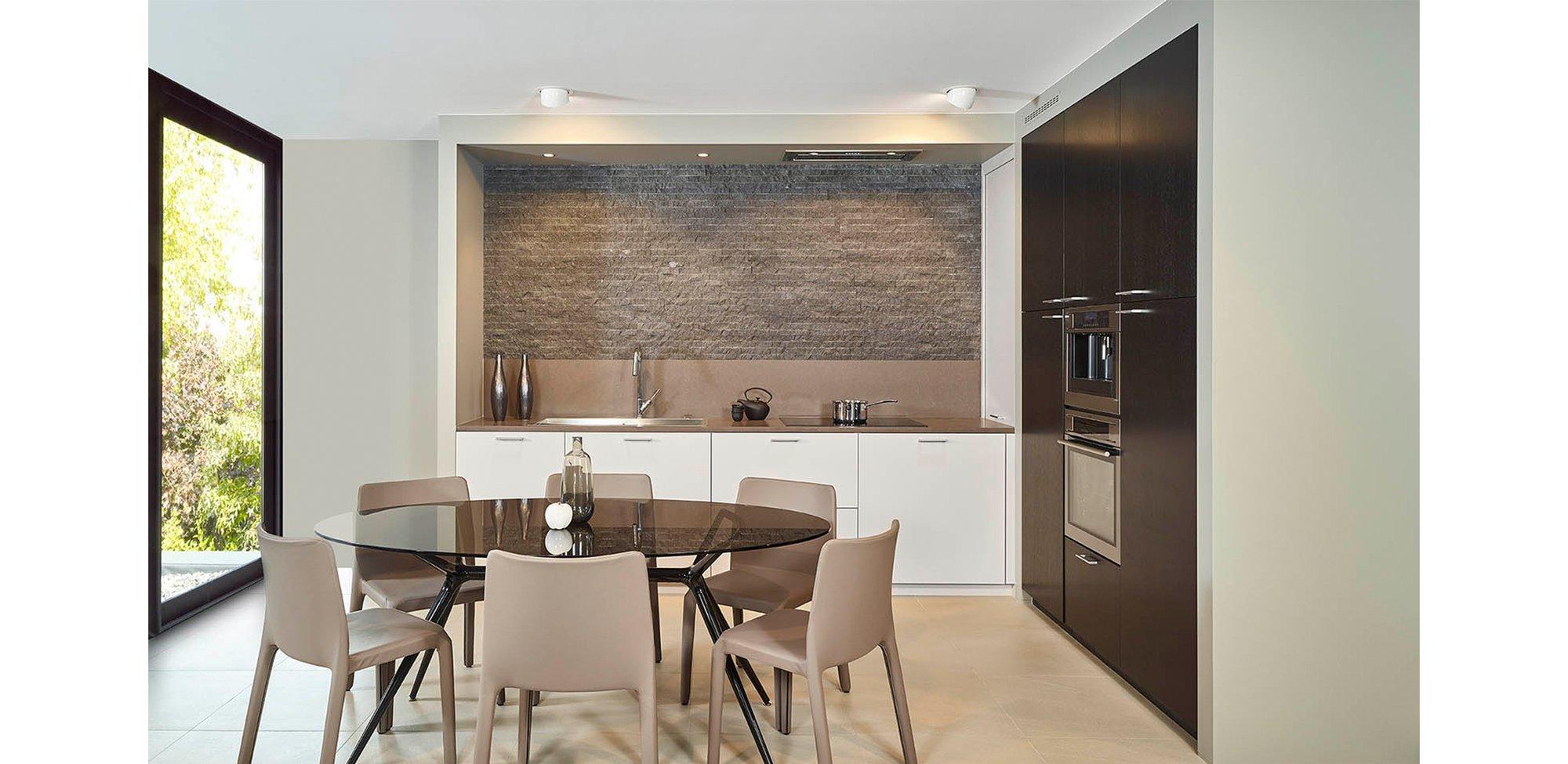 Moderne en praktische L-keuken - Model Toronto