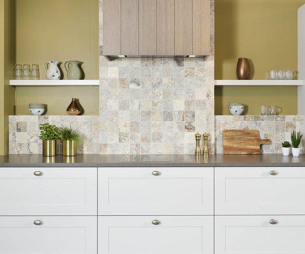 Cuisine rustique en L - Modèle Sorento - Atout symétrie