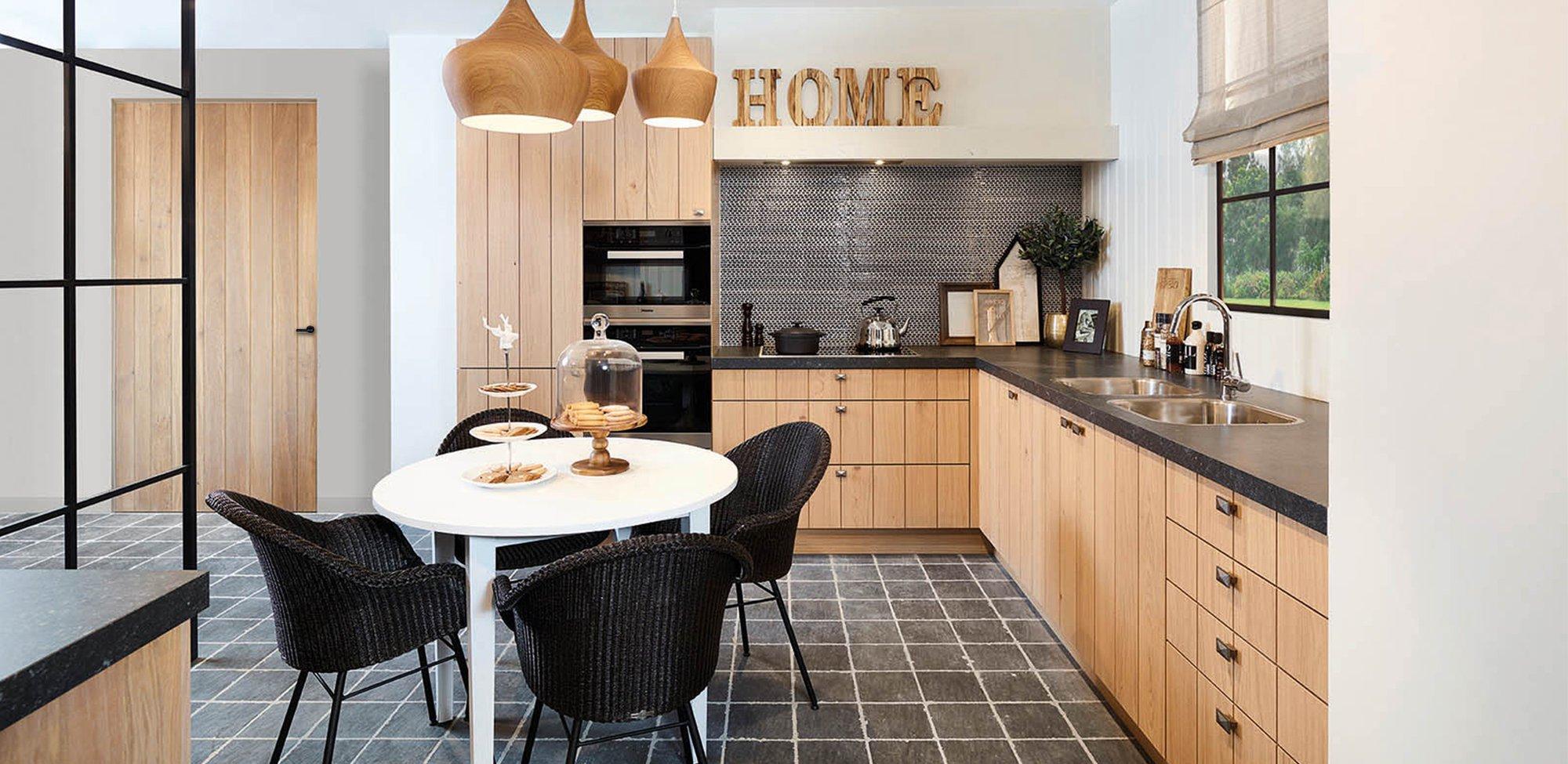 Klassieke landelijke keuken in L-vorm - Model Provence