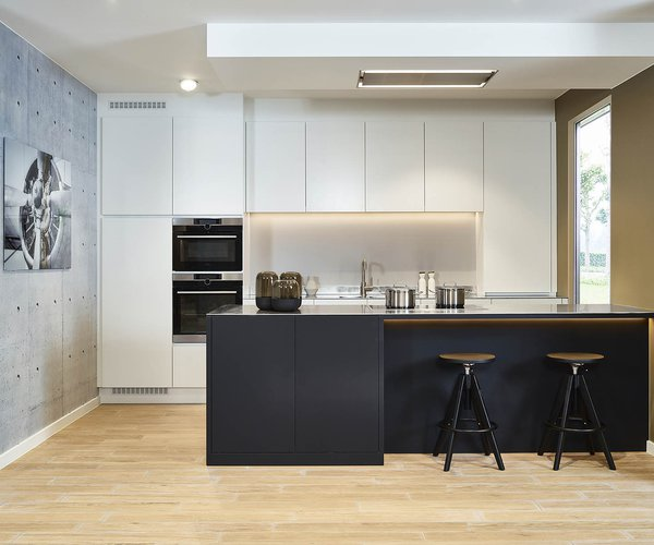 Cuisine moderne sans poignée en noir-blanc - Modèle Design