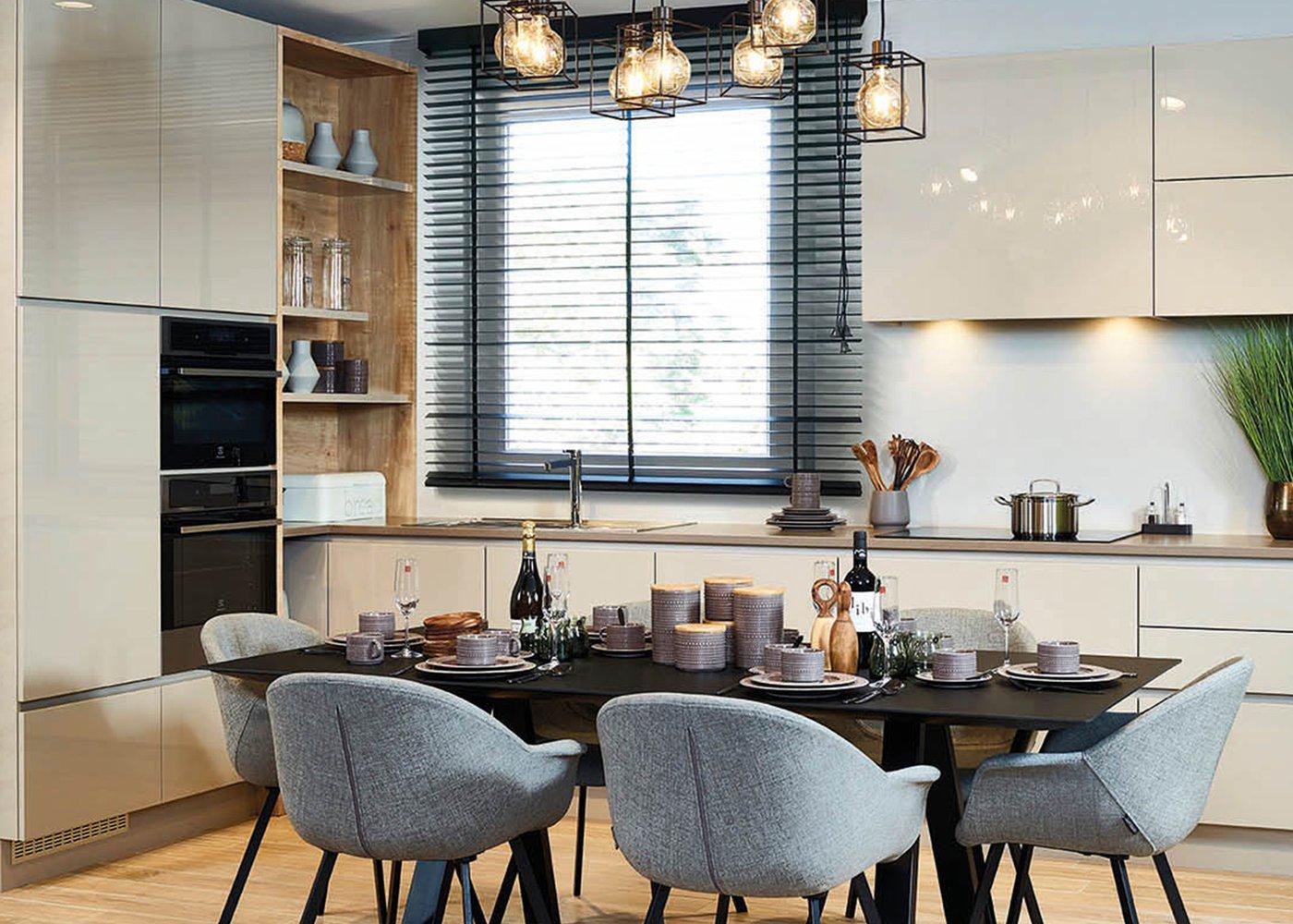 Moderne keuken in hoogglans lak - Model Design Tipon