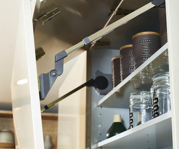 Cuisine moderne en vernis brillant - Modèle Design Tipon - Portes de cuisine avec système Lift