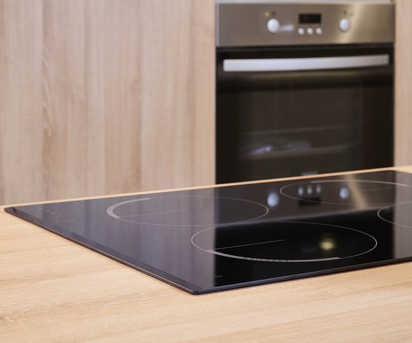 Moderne keuken in laminaat - Model Design - Kwalitatieve keukenapparatuur