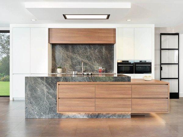 Cuisine brun roux stratifié plein front - Modèle Design