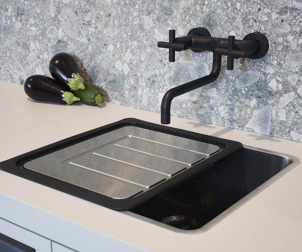 Praktische keuken in een lijn - Model Toronto - Mobiel afdruipblad