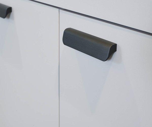 Praktische keuken in een lijn - Model Toronto - Strakke deurgrepen