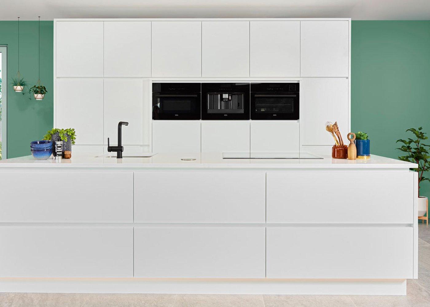 Strakke witte keuken - Model Design