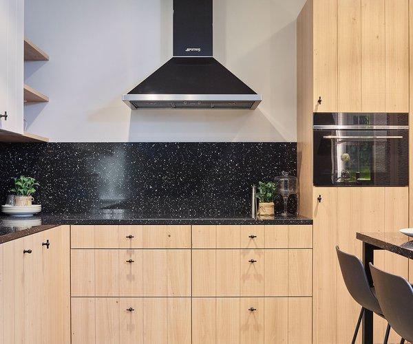Landelijke keuken in fineer eik - Model Geneve - Keukendeuren in fineer eik