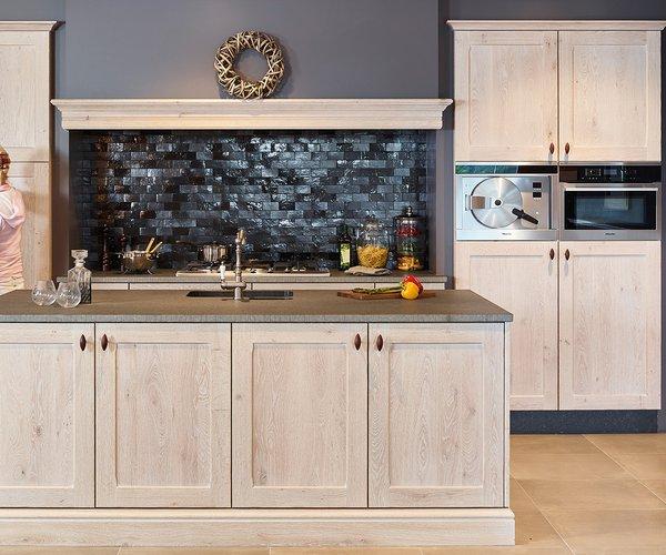 Rustieke keuken eik gebeitst - Model Savannah