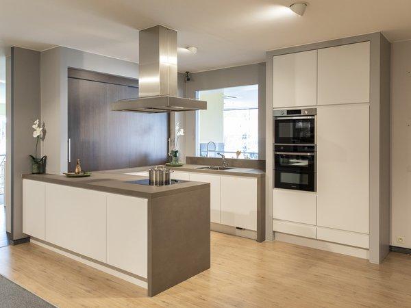 Moderne u keuken te koop