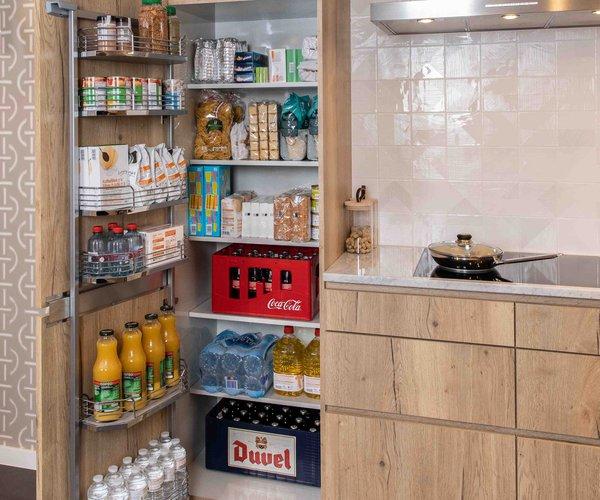 Tandemside armoire à provisions de Cuisines Dovy
