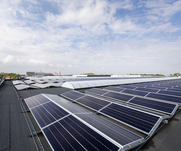 Panneaux solaires chez Cuisines Dovy à Roulers
