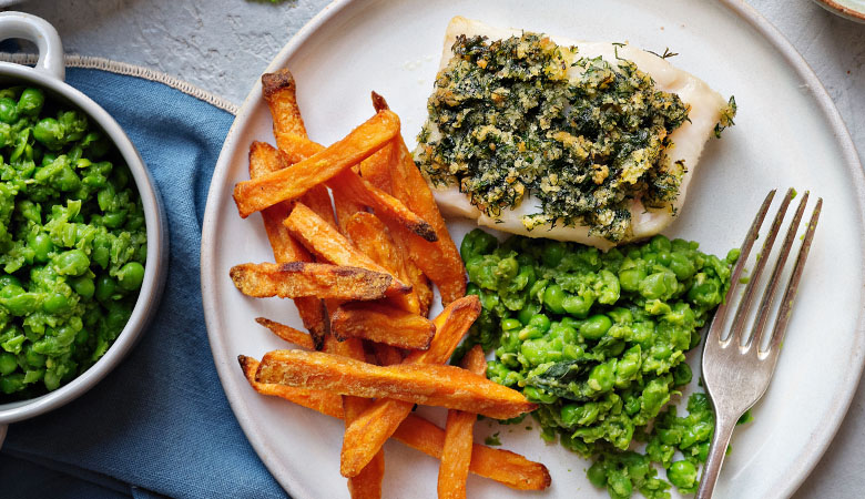 Baked Hake with Herb Crumb Sweet Potato Fries & Minty Crushed Peas