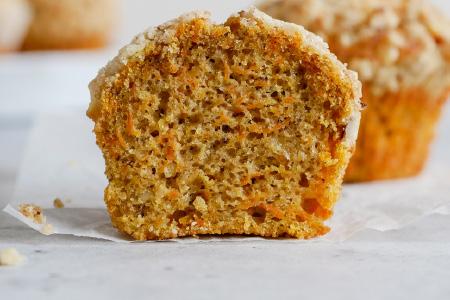 Moist & Crunchy Carrot Muffins