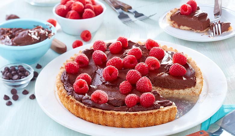 Chocolate-Raspberry-Cream-Tart_780x450.jpg